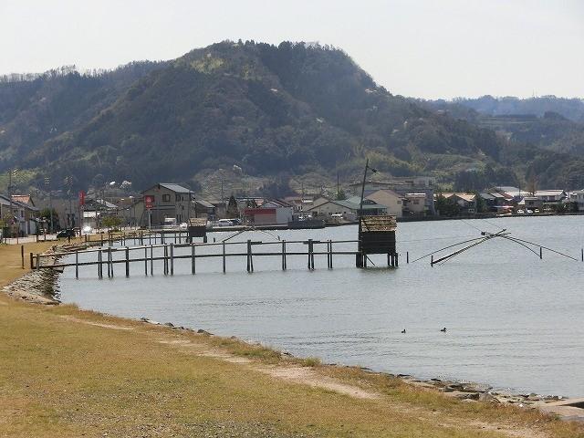 東郷湖の四つ出網1