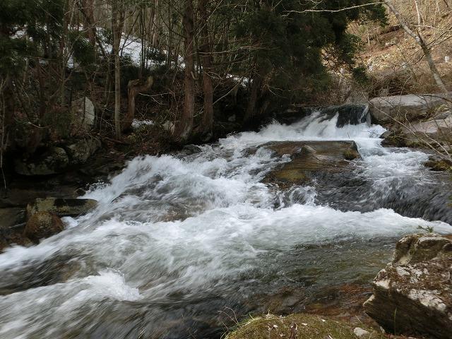 蛇渕あたりの川1