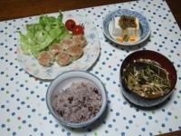 9/15 夕食 シュウマイ、レタス、ミニトマト、冷奴、揚げナスと油揚げの味噌汁、雑穀ごはん