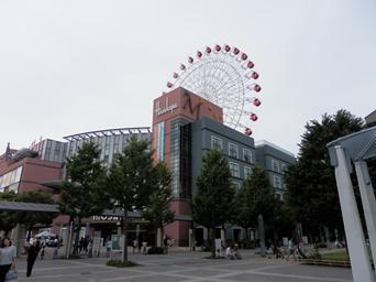 8/24 センター北駅前 阪急・モザイクモール