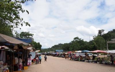 CrossBorderThai-Laos_1408-401.jpg