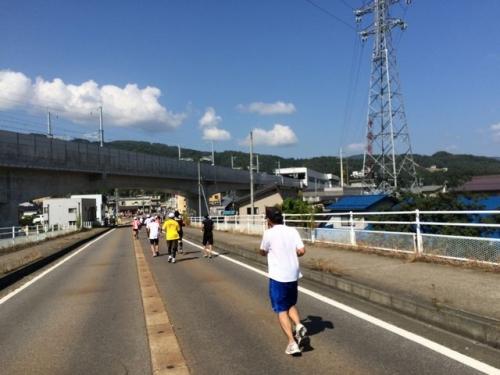 2014-09-28新幹線駅が見えてきた