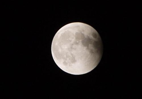 20141008皆既月食9時35分