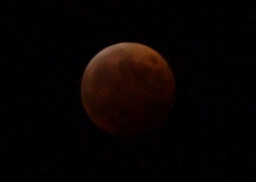 皆既月食19:50