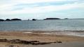 04キャンプシュワブ沖。ボーリング用の杭が見える