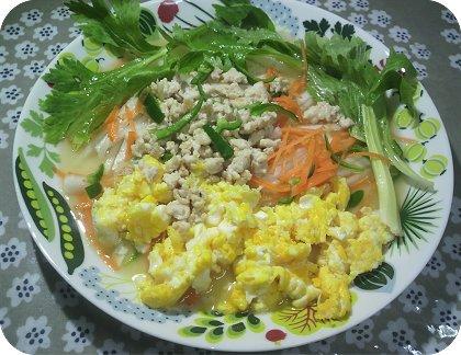 4-19 60円カレイと中華風サラダ2