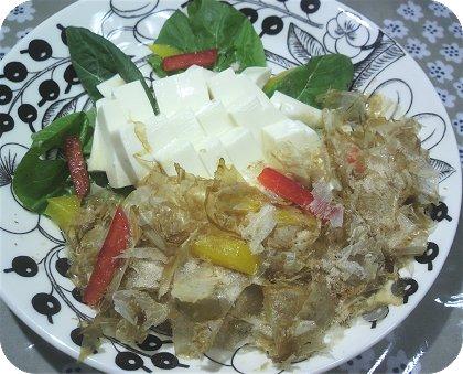 5-30朝の残り物辛子明太子麺と豆腐とナゲット2