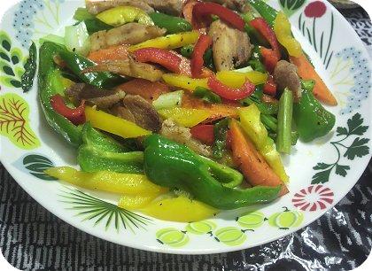 6-17鶏肉と野菜の胡椒炒め