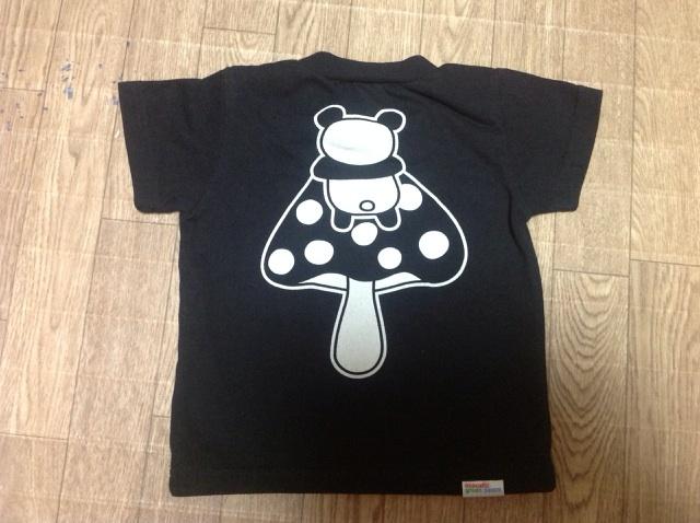 パンダキノコTシャツ4