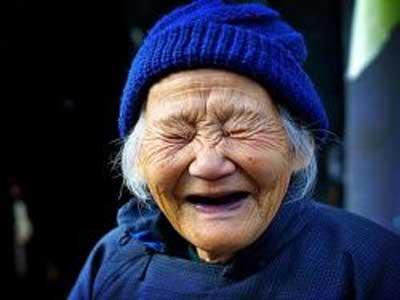 笑う ばあちゃん