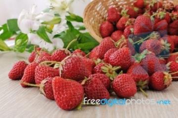 strawberries21.jpg