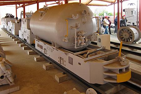 圧縮空気式機関車01