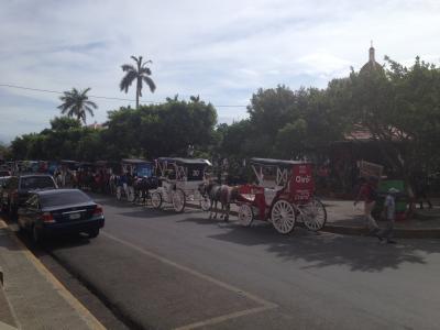 ニカラグア グラナダ コロン 公園 セントロ パルケ