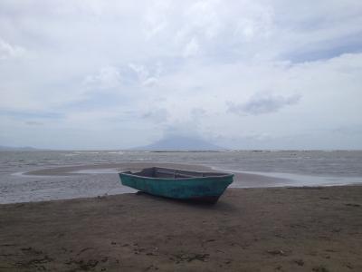 ニカラグア 湖 ツーリング