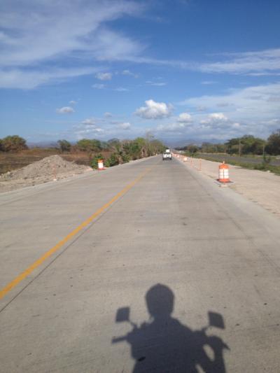 コスタリカ 道路 ツーリング 旅行