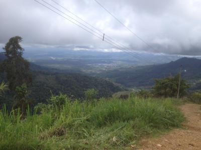 コスタリカ ドライブ 山 ツーリング
