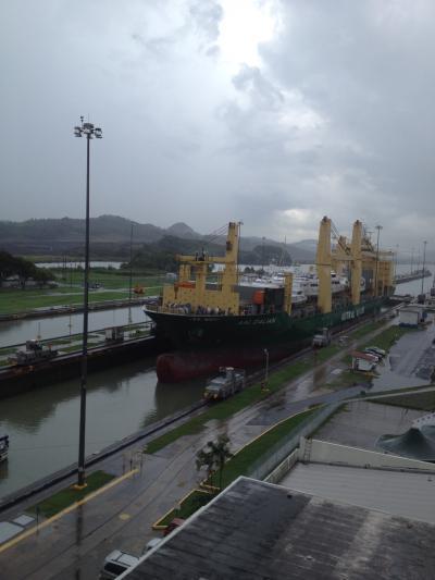 パナマ 運河 通過