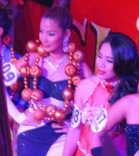 miss asia14 coronation (8)