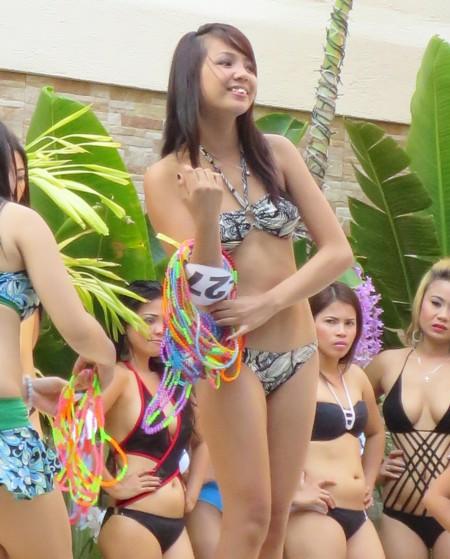 bikini contest score birds042614 (434)