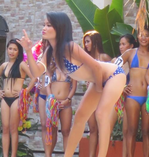 bikini contest score birds042614 (310)