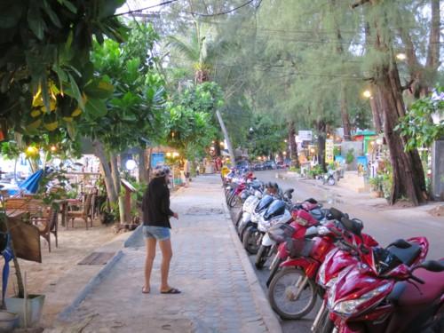 naiyang beach061114 (8)