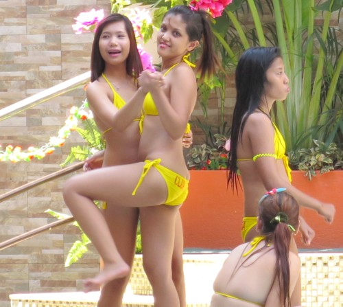 miss ponytails 2014 pool party (6)