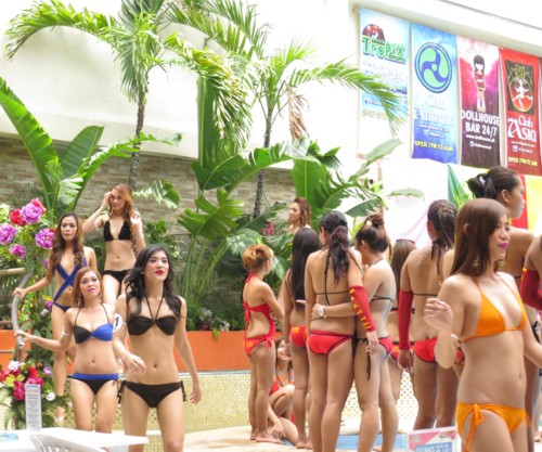 goddess of atlantis2014 pool party (2)