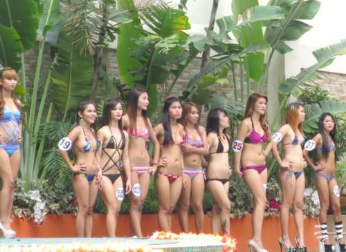 Bikini scorebirds101814 (137)