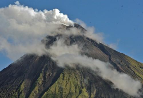 mayon-volcano-alert-level-3.jpg