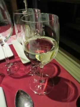 2本目は白ワイン
