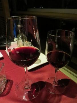 4本目も赤ワイン。大体2杯づついただきました・・・