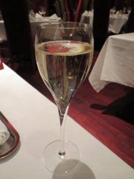 ヴーヴクリコ ポンサルタン ブリュット 1600円(グラス)