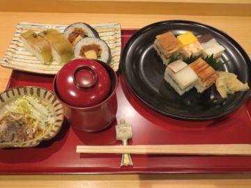 昼膳 2000円(税別)