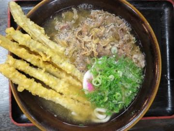 肉&ごぼ天 640円