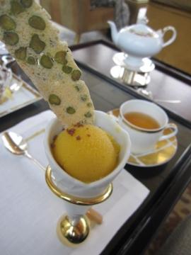 ・ハイティーのコースの一品、マンゴーアイスが気に入りました!