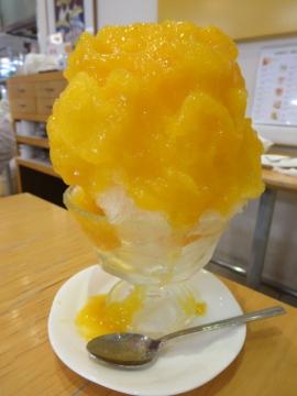 フルーツかき氷 マンゴー 850円
