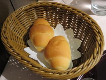 パン(1個) 100円