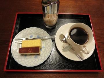 ケーキセット 520円