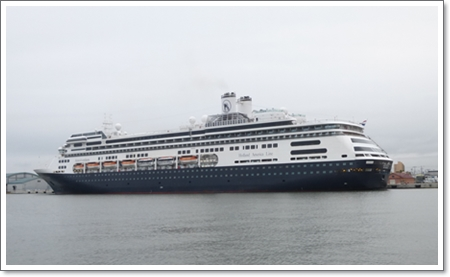 客船アムステルダム1