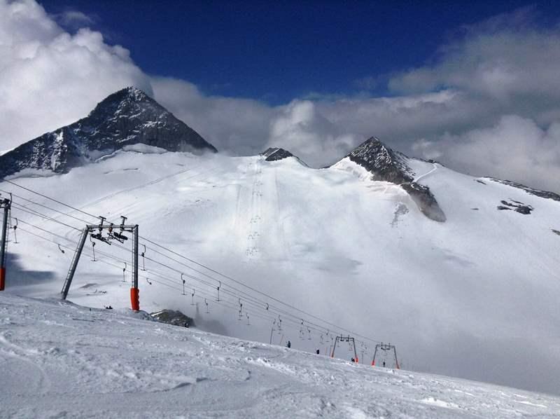 オーストリアでハイキング&夏スキー