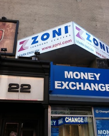 ZONI0.jpg