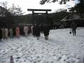 雪の中の正式参拝