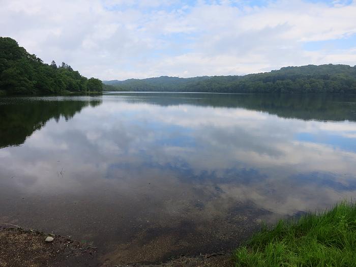 クッタラ湖 湖面