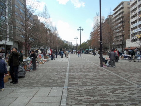 01大通公園のフリーマーケット
