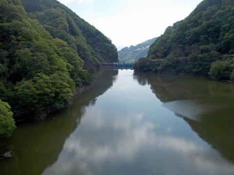 10裾花川