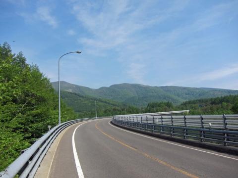 39スカイライン横向き大橋