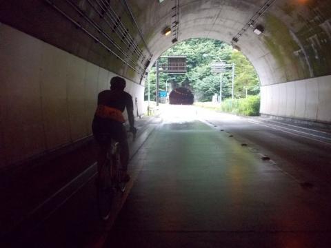 06甲武トンネル