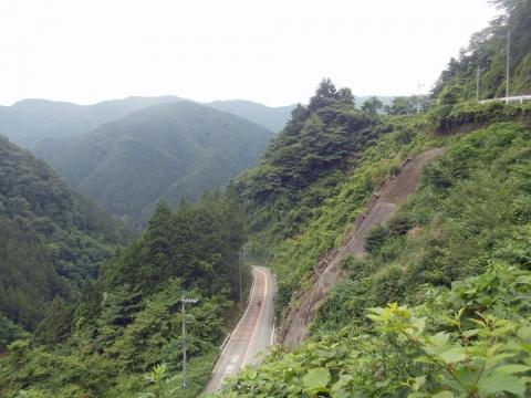 06甲武トンネルへ