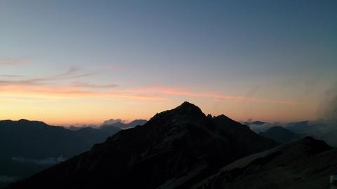 12燕岳夕景5