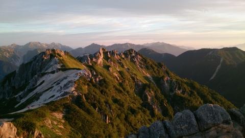 30燕岳の朝